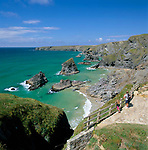Grossbritannien, England, Cornwall, bei Newquay: Bedruthan Steps, Klippen an Cornwalls Nordkueste | United Kingdom, England, Cornwall, Near Newquay: Bedruthan Steps, cliffs at Cornwall's north coast