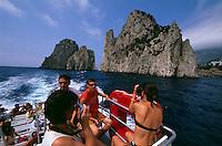Italien, Capri, Faraglioni-Felsen