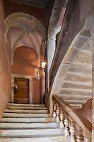 Europe/France/Aquitaine/64/Pyrénées-Atlantiques/Pays-Basque/Mauléon-Licharre: Le château de Maytie dit d'Andurain - L' escalier