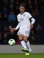 Glasgow, Scotland - Friday, November 15, 2013: The US Men's National team and the National team of Scotland played to a 0-0 draw during an International friendly match at Hampden Park.