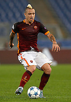 Calcio, Champions League, Gruppo E: Roma vs Bayer Leverkusen. Roma, stadio Olimpico, 4 novembre 2015.<br /> Roma's Radja Nainggolan in action during a Champions League, Group E football match between Roma and Bayer Leverkusen, at Rome's Olympic stadium, 4 November 2015.<br /> UPDATE IMAGES PRESS/Riccardo De Luca