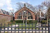 Nederland Zaandam 2021.  Het Czaar Peterhuisje in de Russische Buurt in Zaandam. Over het orginele huisje waar Czaar Peter verbleef, is ter bescherming een ander huis geplaatst.  Foto ANP / Hollandse Hoogte / Berlinda van Dam