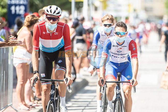 Groupama-FDJ arrive at sign on before the start of Stage 7 of La Vuelta d'Espana 2021, running 152km from Gandia to Balcon de Alicante, Spain. 20th August 2021.     <br /> Picture: Unipublic/Charly Lopez | Cyclefile<br /> <br /> All photos usage must carry mandatory copyright credit (© Cyclefile | Charly Lopez/Unipublic)