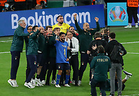 London, England, 6th July 2021. Leonardo Spinazzola of Italy is remembered by the staff and fellow players during the UEFA EURO, EM, Europameisterschaft,Fussball 2020 match at Wembley Stadium, London. Picture credit should read: David Klein / Sportimage PUBLICATIONxNOTxINxUK SPI-1093-0119 <br /> Photo Imago/Insidefoto ITA ONLY