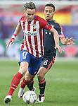 Atletico de Madrid's Saul Niguez (l) and FC Bayern Munchen's Thiago Alcantara during Champions League 2015/2016 Semi-Finals 1st leg match. April 27,2016. (ALTERPHOTOS/Acero)