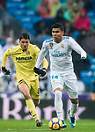 Carlos Henrique Casemiro (R) of Real Madrid is followed by Pablo Fornals of Villarreal CF during the La Liga 2017-18 match between Real Madrid and Villarreal CF at Santiago Bernabeu Stadium on January 13 2018 in Madrid, Spain. Photo by Diego Gonzalez / Power Sport Images