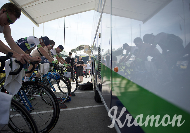 Team Orica-GreenEDGE warming up to the stage with a roller-session before the start (as they got a plan & want to be warmed up from the start in this shortest stage of the 2015 Giro)<br /> <br /> 2015 Giro<br /> stage 3: Rapallo - Sestri Levante (136km)