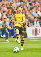 Maximilian PHILIPP  Nr. 20 BVB  <br /> FC SCHALKE 04 -  BORUSSIA DORTMUND 2-0<br /> Football 1. Bundesliga , Gelsenkirchen,15.04.2018, 30. match day,  2017/2018 1.Bundesliga, BVB, S04, <br />  *** Local Caption *** © pixathlon<br /> Contact: +49-40-22 63 02 60 , info@pixathlon.de