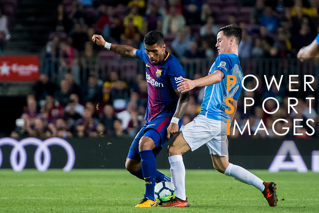 Jose Paulo Bezerra Maciel Junior, Paulinho, of FC Barcelona fights for the ball with Juan Pablo Anor Acosta, Juanpi, of Malaga CF during the La Liga 2017-18 match between FC Barcelona and Malaga CF at Camp Nou on 21 October 2017 in Barcelona, Spain. Photo by Vicens Gimenez / Power Sport Images