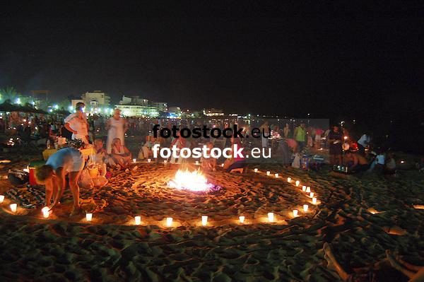 full moon celebration on St. John's Eve<br /> <br /> Noche de San Juan (cat.: Sant Joan)<br /> <br /> Johannisnacht<br /> <br /> 3008 x 2000 px