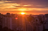 Rio de Janeiro (RJ), 06/06/2020 - Clima-SP - Amanhecer deste sábado, (06), vista do bairro das Laranjeiras, zona sul do Rio de Janeiro.