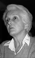 Roma 1990.Redazione quotidiano il Manifesto..Nella foto Rossana Rossanda durante una riunione di redazione..Foto Livio Senigalliesi.