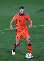 Football: Uefa Nations League Group A match Italy vs Netherlands at Gewiss stadium in Bergamo, on October 14, 2020.<br /> Netherlands' Stefan de Vrij in action during the Uefa Nations League match between Italy and Netherlands at Gewiss stadium in Bergamo, on October 14, 2020. <br /> UPDATE IMAGES PRESS/Isabella Bonotto