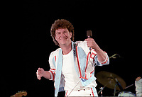 ROBERT CHARLEBOIS<br /> lors du spectacle de la fete nationale a Quebec, le 23 juin 1986<br /> <br /> PHOTO : Agence Quebec Presse