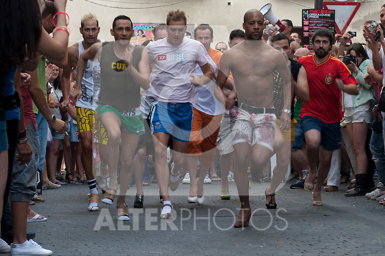 Heels race on Pelayo street in Chueca district of Madrid during the celebrations of gay pride Madrid 2012,Mado2012..(Alterphotos/Ricky)