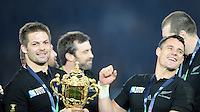 Richie McCaw and Dan Carter of New Zealand with the Webb Ellis trophy after winning the Rugby World Cup Final between New Zealand and Australia - 31/10/2015 - Twickenham Stadium, London<br /> Mandatory Credit: Rob Munro/Stewart Communications