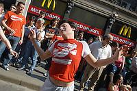 - MayDay Parade manifestation, organized by Cobas labor union and Social Centers for the defense of temporary workers and the access to the job of  young people....- manifestazione MayDay Parade, organizzata da sindacati Cobas e Centri Sociali per la difesa dei lavoratori precari e l'accesso al lavoro dei giovani