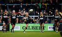 Photo: Richard Lane/Richard Lane Photography. London Wasps v Bath Rugby. LV=Cup. 14/11/2010. Wasps' Mark Van Gisbergen kicks.