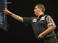 09.04.2015. Sheffield, England. Betway Premier League Darts. Matchday 10.  Gary Anderson [SCO] in action during his game with Dave Chisnall [ENG]
