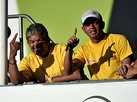 HEERDE - NETHERLANDS: 02-07-2018: Elías del Valle (Izq.) y Juan Carlos Baena (Der.), entrenadores  de Colombia, durante el Campeonato Mundial de Patinaje de Carreras en el patinodromo Skeelereclub Oost Velluwe en la ciudad de Heerde en Holanda. / Elías del Valle (L) and Juan Carlos Baena (R), Colombia´s Coach during the World Skating Championship, at the skating rink Skeelereclub Oost Velluwe in the city of Heerde in Netherlans. / Photo: VizzorImage / Luis Ramirez / Staff.