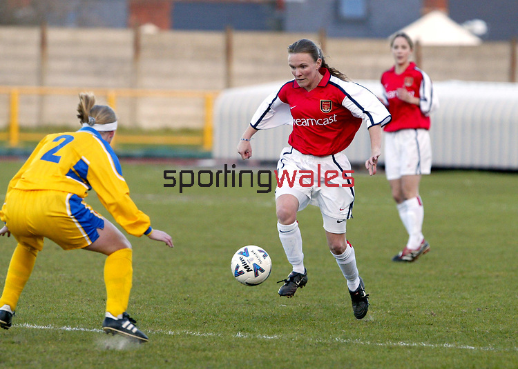 Barry Town v Arsenal<br />Ladies football