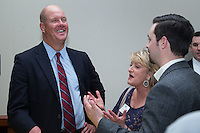 "Former Major League Baseball pitcher Jim Abbott talks to guests at the Wake Forest Baseball ""First Pitch"" Dinner on February 9, 2017 in Winston-Salem, North Carolina.  (Brian Westerholt/Four Seam Images)"