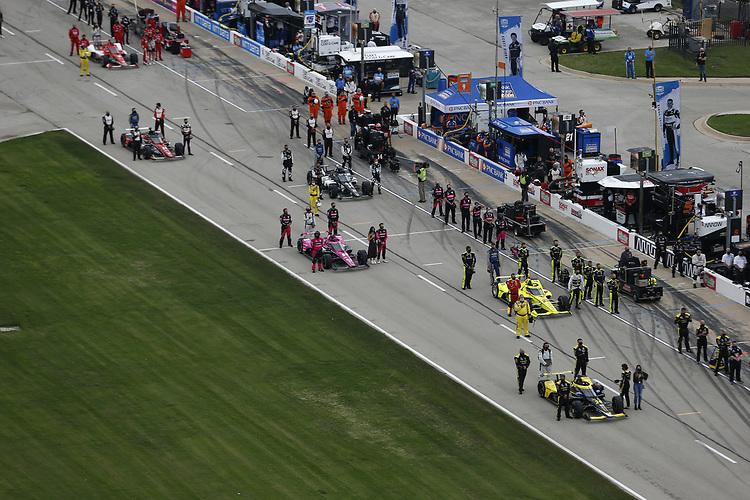 #26: Colton Herta, Andretti Autosport Honda, #22: Simon Pagenaud, Team Penske Chevrolet, #60: Jack Harvey, Meyer Shank Racing Honda, grid