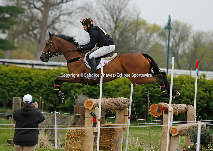April 24, 2021: #9 Vandiver and rider Doug Payne in the Cross Country test at the Land Rover Three Day Event at the Kentucky Horse Park in Lexington, KY on April 24, 2021.  Candice Chavez/ESW/CSM