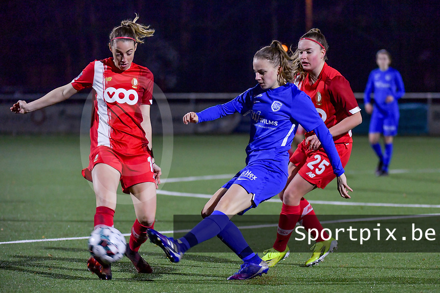 Charlotte Cranshoff (18) of Standard , Luna Vanhoudt (43) of KRC Genk and Davinia Vanmechelen (25) of Standard pictured during a female soccer game between  Racing Genk Ladies and Standard Femina on the 13 th matchday of the 2020 - 2021 season of Belgian Scooore Womens Super League , friday 5 th of february 2021  in Genk , Belgium . PHOTO SPORTPIX.BE | SPP | STIJN AUDOOREN
