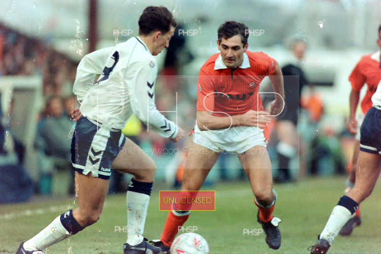 05/01/1991 FAC 3 Round Blackpool v Tottenham Hotspur<br /> <br /> Justin Edinburgh