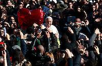 20140214 VATICANO: PAPA FRANCESCO INCONTRA I FIDANZATI IN OCCASIONE DEL GIORNO DI SAN VALENTINO