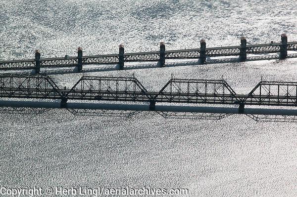aerial photograph Government Arsenal Bridge and Lock and Dam No. 15, Mississippi River, Davenport, Iowa, Rock Island, Illinois