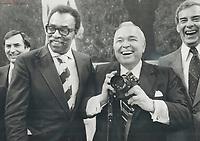 1979 FILE PHOTO - ARCHIVES -<br /> <br /> Labor Minister Lincoln Alexander (left); Sports Minister Steve Paproski ham it up during photo session<br /> Bezant, Graham<br /> Picture, 1979<br /> <br /> 1979,<br /> <br /> PHOTO : Graham Bezant - Toronto Star Archives - AQP
