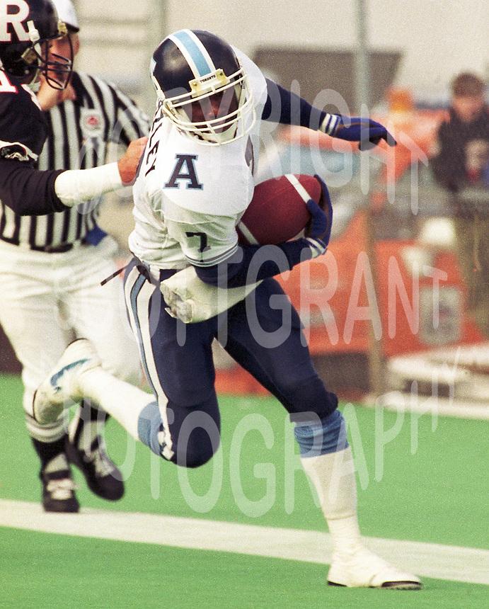 Carl Brazley Toronto Argonauts 1991. Copyright photograph Scott Grant
