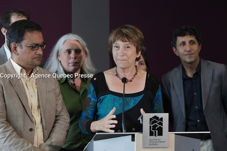 Francoise David and other Quebec Solidaire members : Andres Fontecilla, Amir Khadir, Manon Masse, ...<br /> <br /> File Photo : Agence Quebec Presse  - Pierre Roussel