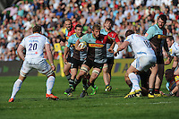 Chris Robshaw of Harlequins attacks in midfield during the Aviva Premiership match between Harlequins and Exeter Chiefs at The Twickenham Stoop on Saturday 7th May 2016 (Photo: Rob Munro/Stewart Communications)