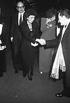 """BETTINO E ANNA CRAXI CON ORNELLA VANONI<br /> MOSTRA """"L'ATELIER DELLE ILLUSIONI"""" DI VALENTINO GARAVANI - CASTELLO SFORZESCO MILANO 1985"""