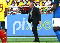 BARRANQUILLA – COLOMBIA, 10-10-2021:  Bacchi, técnico de Brasil (BRA) durante partido entre los seleccionados de Colombia (COL) y Brasil (BRA), de la fecha 12 por la clasificatoria a la Copa Mundo FIFA Catar 2022, jugado en el estadio Metropolitano Roberto Melendez en Barranquilla. / Bacchi coach of Brasil (BRA), during match between the teams of Colombia (COL) and Brasil(BRA), of the 12th date for the FIFA World Cup Qatar 2022 Qualifier, played at Metropolitan stadium Roberto Melendez in Barranquilla. Photo: VizzorImage / Jairo Cassiani / Contribuidor