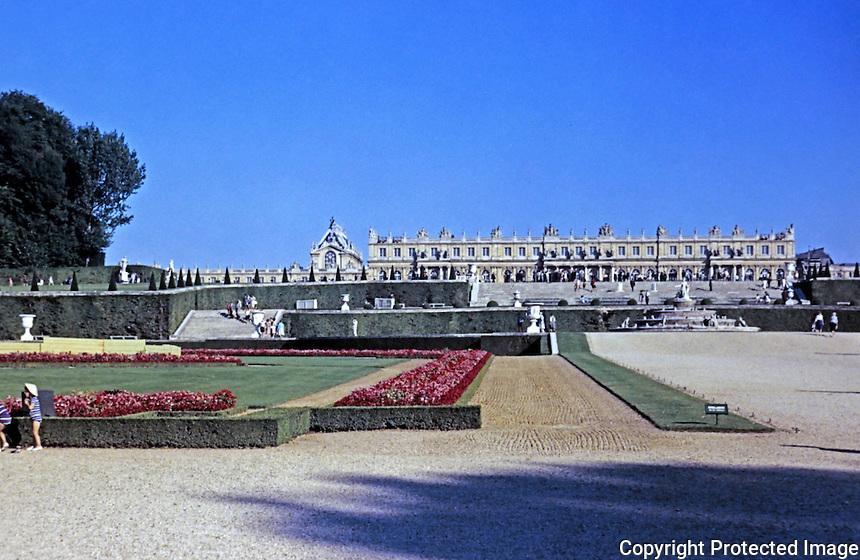 Palace of Versailles garden facade, 1669-1685, Seine-et-Olse. Designed by Louis Le Vau and Jules Hardouin-Mansart.