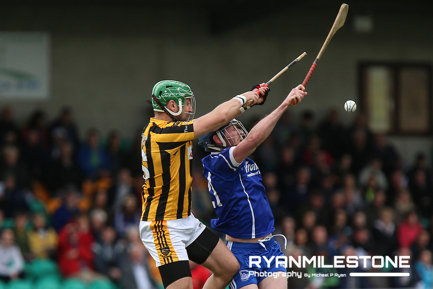 James Barry of Upperchurch/Drombane in action against Rory Dwan of Thurles Sarsfields during the Centenary Agri Mid Senior Hurling Championship Quarter Final between Thurles Sarsfields and Upperchurch/Drombane on Saturday 28th April 2018 at Templetuohy, Co Tipperary, Photo By Michael P Ryan
