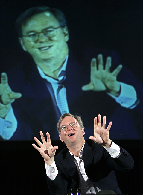 ** FILE ** In this file photo from Wednesday, Aug. 9, 2006, Google CEO Eric Schmidt speaks at a Search Engine Strategies conference in San Jose, Calif.  Apple Computer Inc., announced Tuesday, Aug. 29, 2006 that Schmidt is joining its board, adding another well-known name to the list of high-profile directors who oversee the management of the company behind the iPod portable player and Macintosh computer.  (AP Photo/Paul Sakuma)