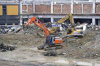 - Milan, yard for the demolition of the old Fair and the construction of the new building compound City Life<br /> <br /> - Milano cantiere per la demolizione della vecchia Fiera e la costruzione del nuovo complesso edilizio CityLife