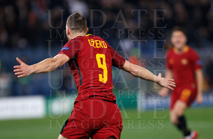 Roma s Edin Dzeko celebrates after scoring the winning goal during the Uefa Champions League round of 16 second leg soccer match between Roma and Shakhtar Donetsk at Rome's Olympic stadium, March 13, 2018. Roma won. 1-0 to join the quarter finals.<br /> UPDATE IMAGES PRESS/Riccardo De Luca