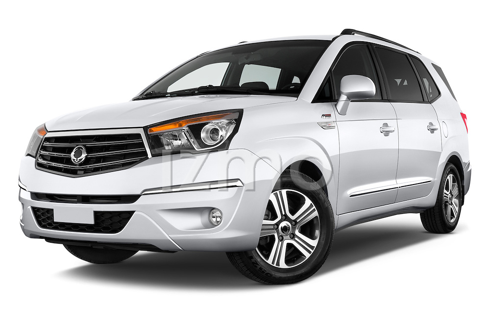 Stock pictures of low aggressive front three quarter view of 2014 Ssangyong Rodius Sapphire 5 Door Minivan Low Aggressive