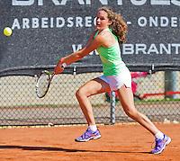 Netherlands, Rotterdam August 05, 2015, Tennis,  National Junior Championships, NJK, TV Victoria, Carmen  van Poelgeest<br /> Photo: Tennisimages/Henk Koster