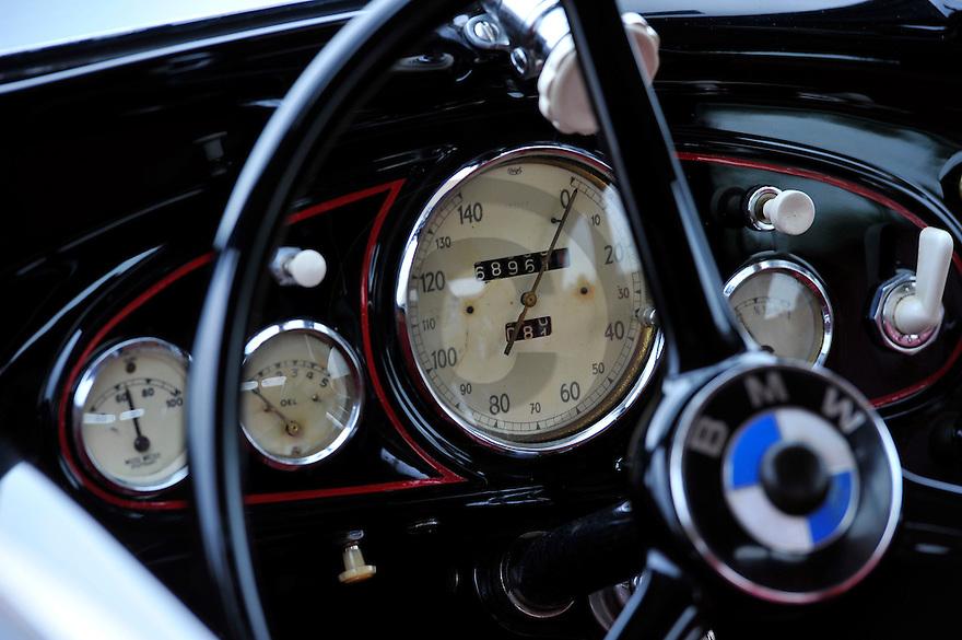 14/05/14 - VICHY - ALLIER - FRANCE - Essais BMW 326 cabriolet 2 portes de 1938 - Photo Jerome CHABANNE