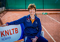 Almere, Netherlands, April 3, 2018, New clothes KSwiss for KNLTB staff, team doctor, Babette Pluim.<br /> Photo: Tennisimages/Henk Koster