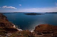 Griechenland, Insel Santorin (Santorini), die Caldera (Vulkankrater) bei Fira