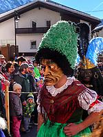 Sackner beim Aufzug der Masken beim Nassereither Schellerlauf, Fasnacht in Nassereith, Bezirk Imst, Tirol, Österreich, Europa, immaterielles UNESCO Weltkulturerbe<br /> Sackner at the gathering of the masks, Nassereither Schellerlauf-Fasnacht, Nassereith, Tyrol, Austria Europe, Intangible World Heritage