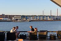 Restaurant Badholmen am Hafen von Oskarshamn, Provinz Kalmar, Schweden, Europa<br /> Restaurant Badholmen, port  of Oskarshamn, Province Kalmar, Sweden